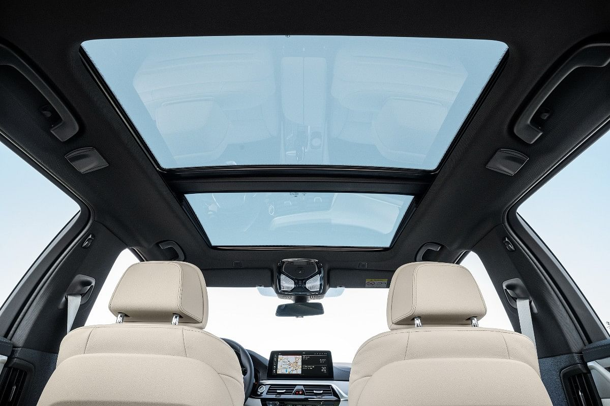 2021 BMW 5 Series gets a panoramic sunroof