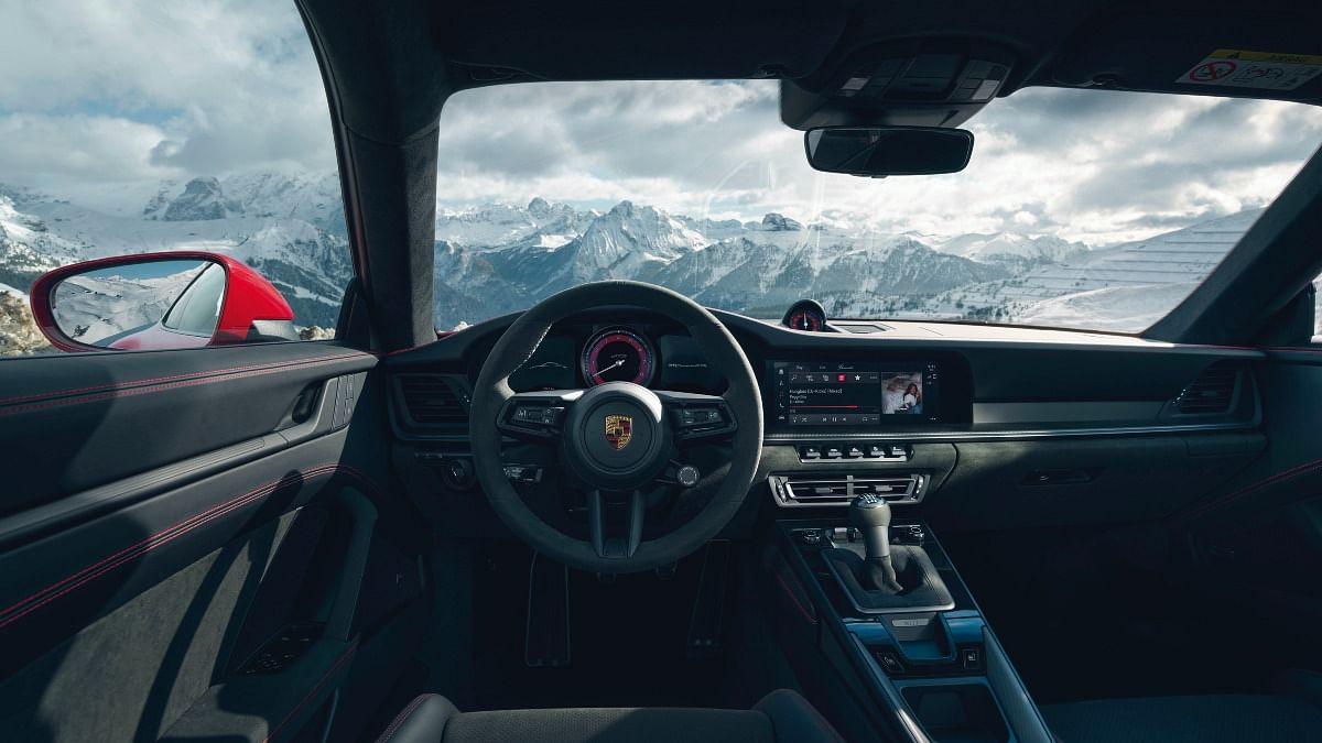 GT Sport steering wheel standard on the new 911 GTS