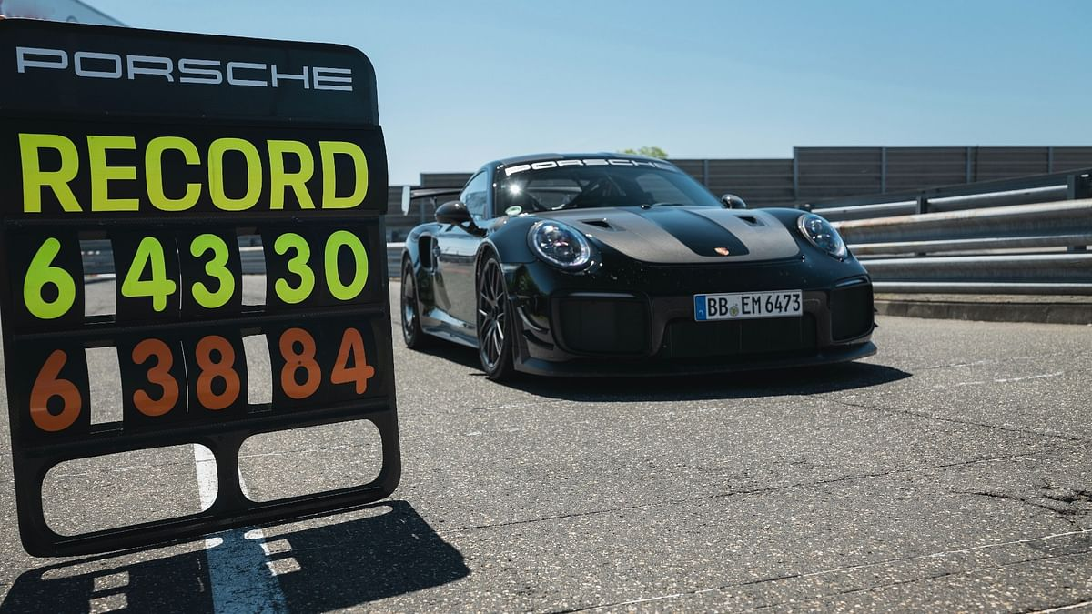 Porsche 911 GT2 RS sets new lap record on Nurburgring