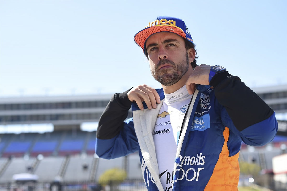 Fernando Alonso tried his skills on the Indianapolis circuit