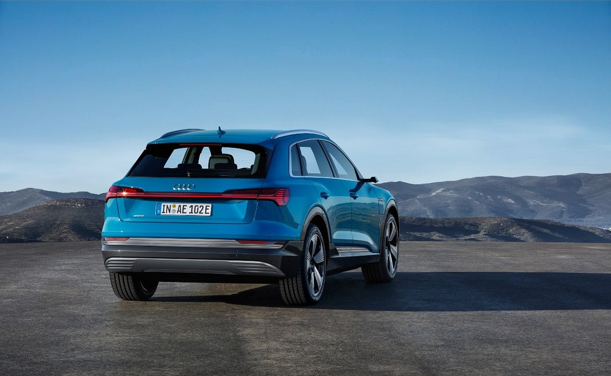 The e-tron gets a full-width light bar with wrap around LED tail lights