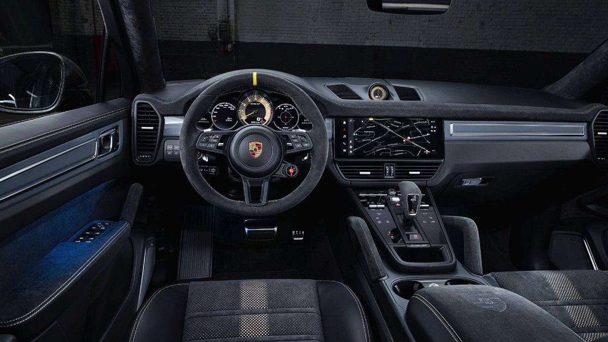 The Turbo GT gets Porsche's new PCM6 infotainment system