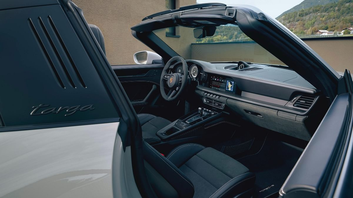 Targa nameplate traces its lineage back to the 1966 Porsche 911