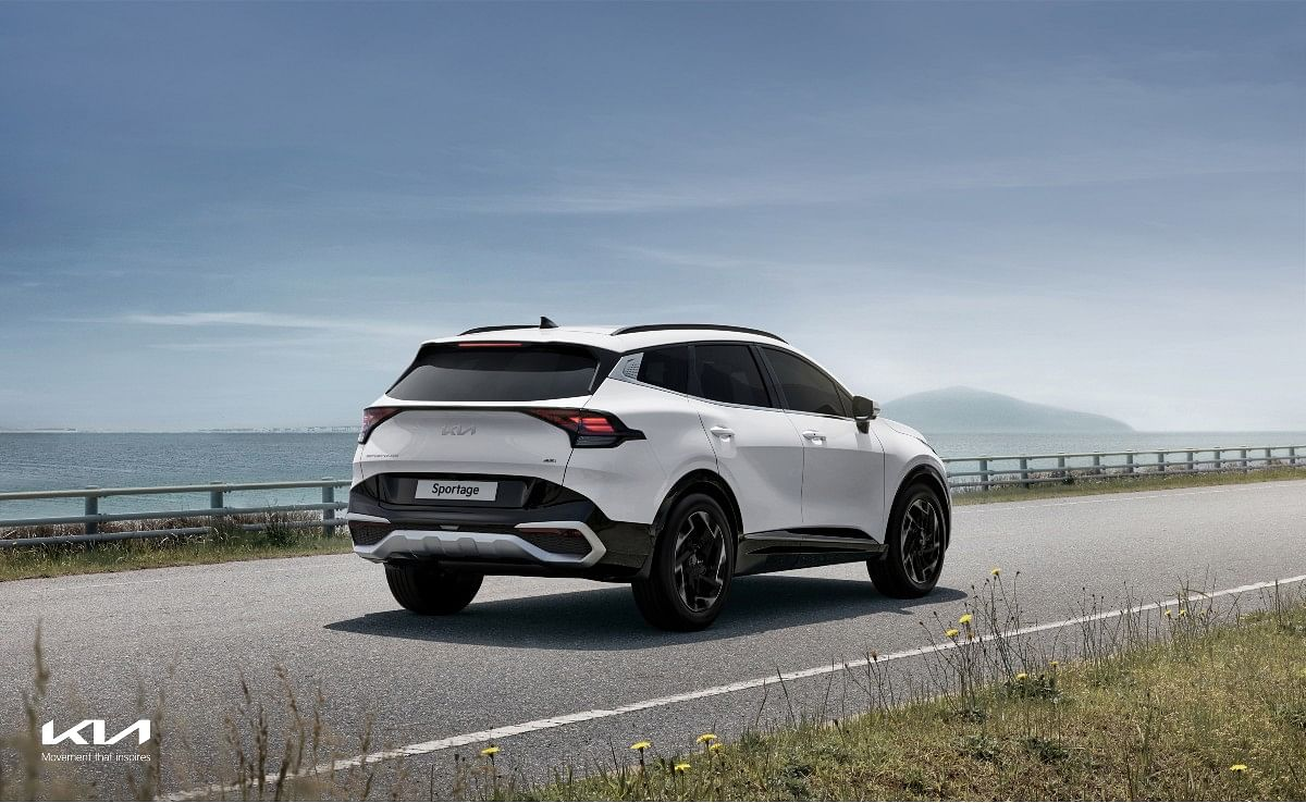 The Sportage will be available in HEV and PHEV hybrid options as well
