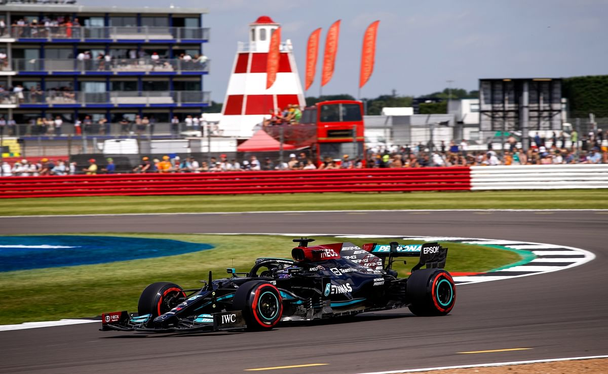 Hamilton edges to pole in qualifying for F1 Sprint at the British GP