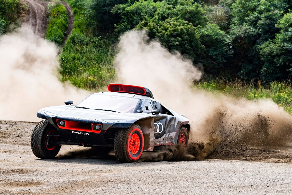 Audi reveals the insane Dakar-spec Audi RS Q e-tron
