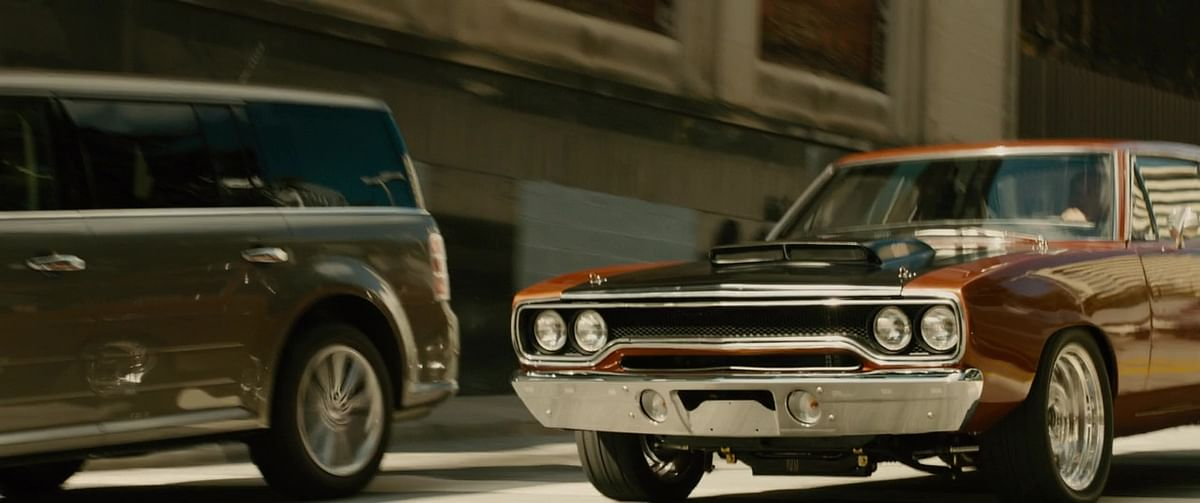 Plymouth Roadrunner chasing Shaw in Furious 7