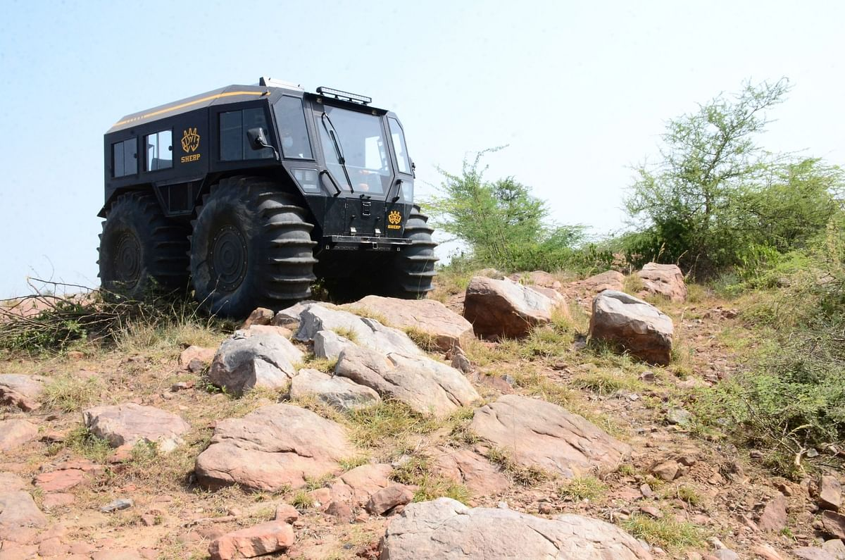 Sherp N 1200 driven, ultimate Off-Roader that swims