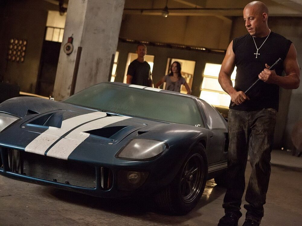 A still of the 1966 Ford GT40 from  Fast Five