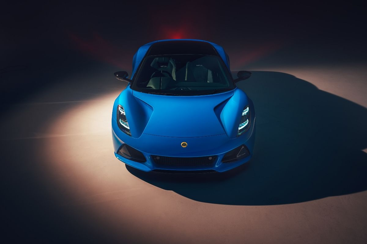 The Emira replaces the aging Elise, Exige and Evora in the Lotus lineup