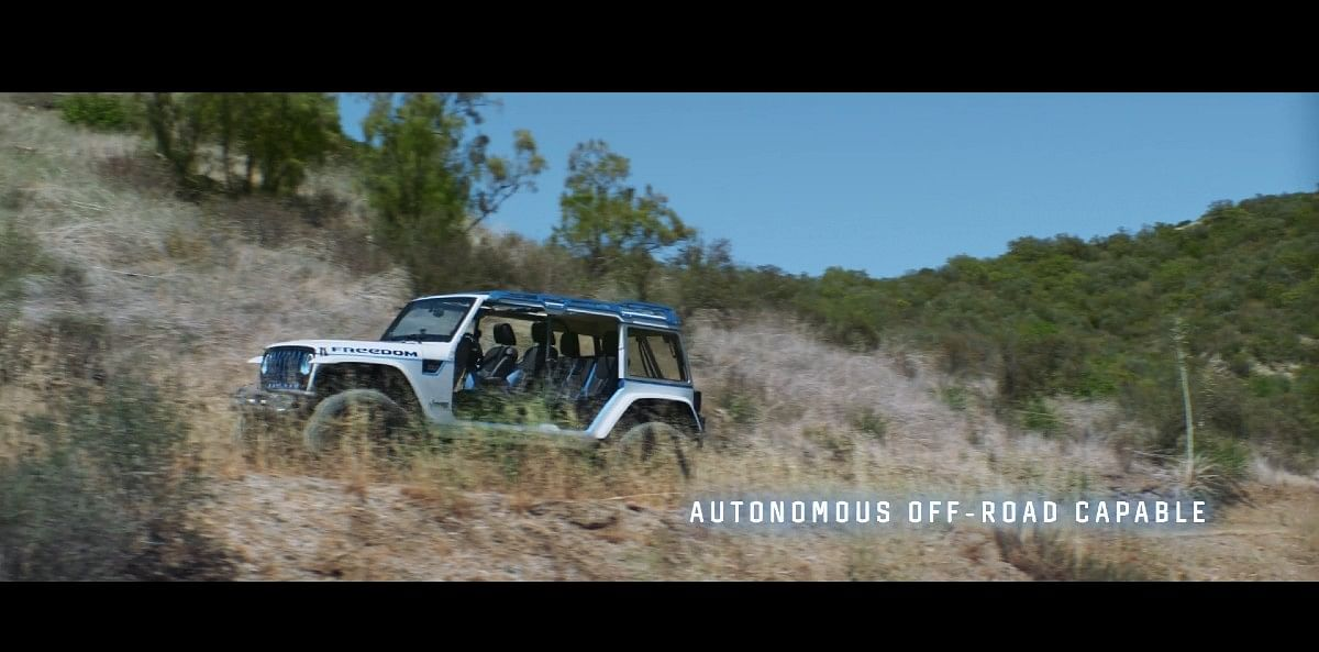 Autonomous off-road capability might turn Jeeps into life-size RC cars