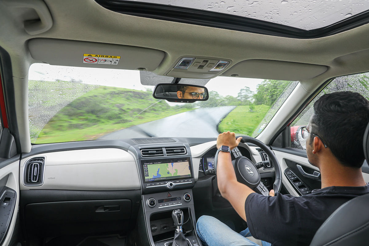 The steering wheel of the Hyundai Creta gives precise feedback