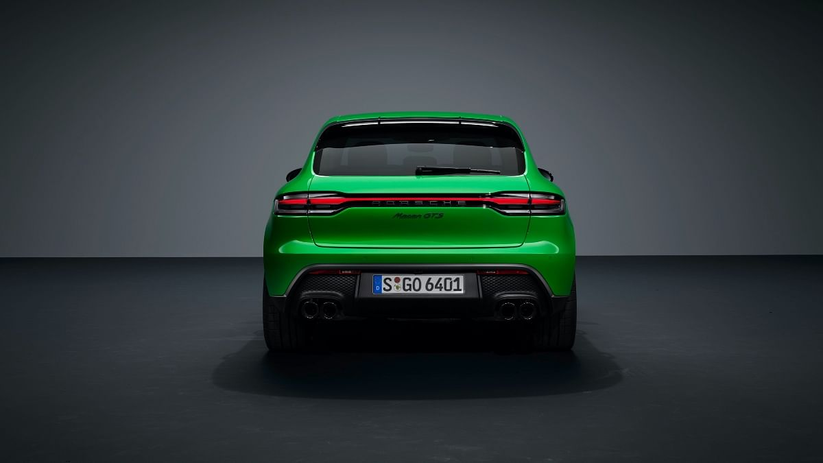 ...while the rear also gets a redesigned diffuser finished in black