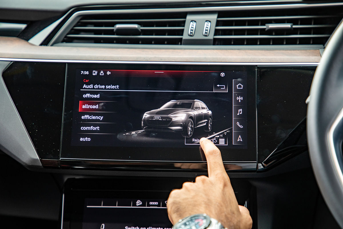 The infotainment touchscreen which run's Audi's MMI is responsive