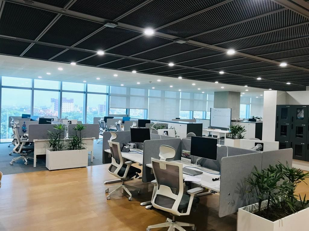 Ergonomic office furniture to reduce the work fatigue
