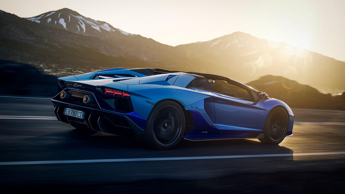 Rear wheel steering available on the Aventador Ultimae