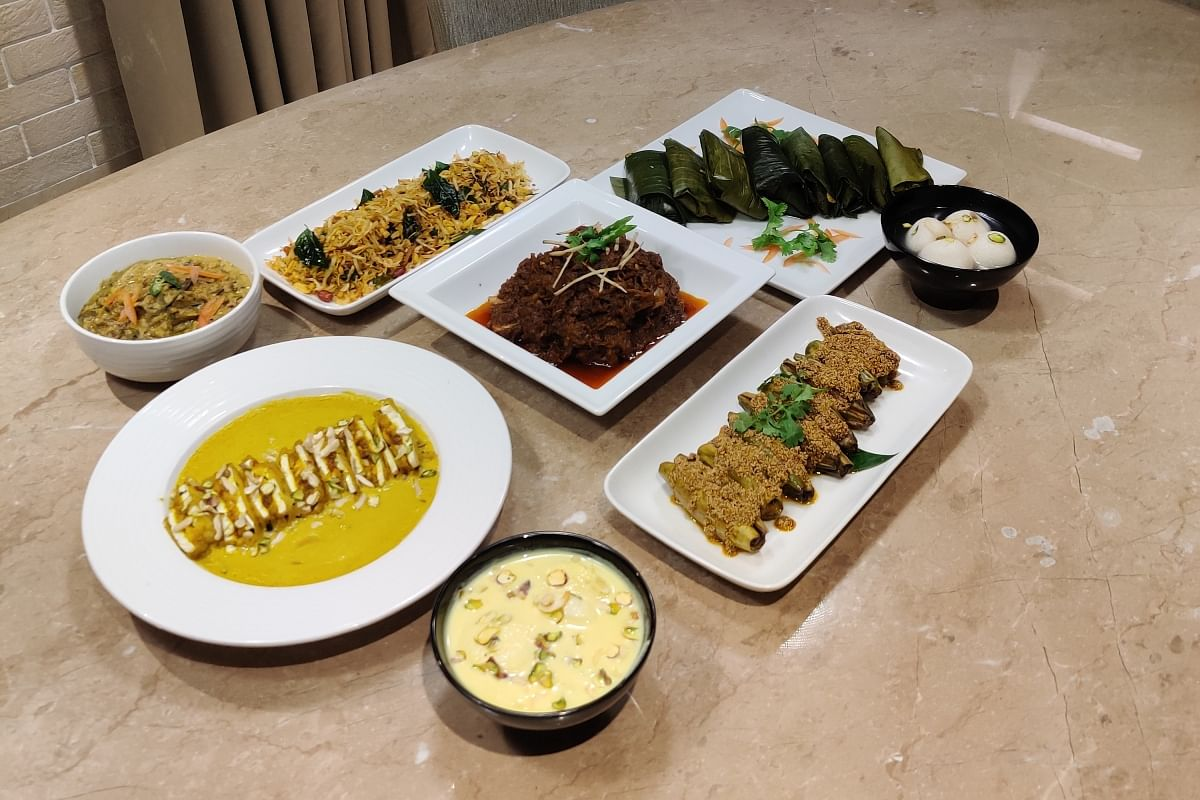 We tried our best describe the mouth watering food