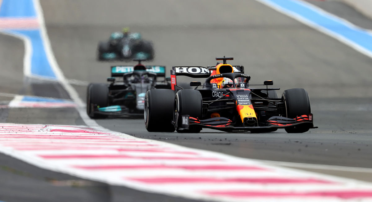Red Bull trail Mercedes in the constructors chamiponship table by just 12 points