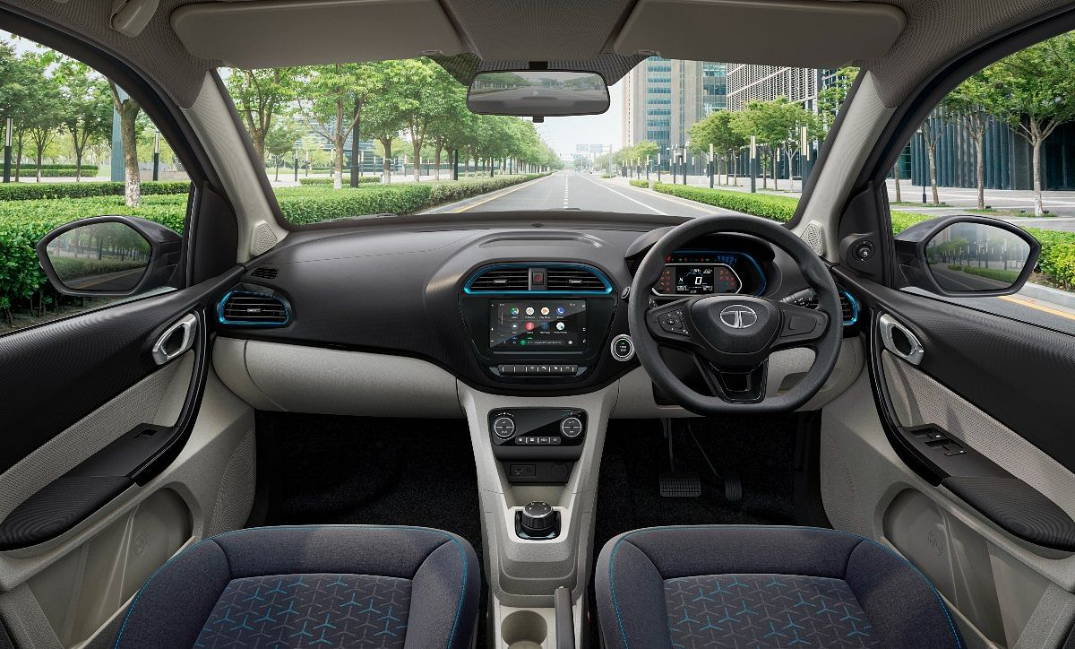 Notice the blue elements in the interiors to differentiate the electric Tigor from its ICE counterpart