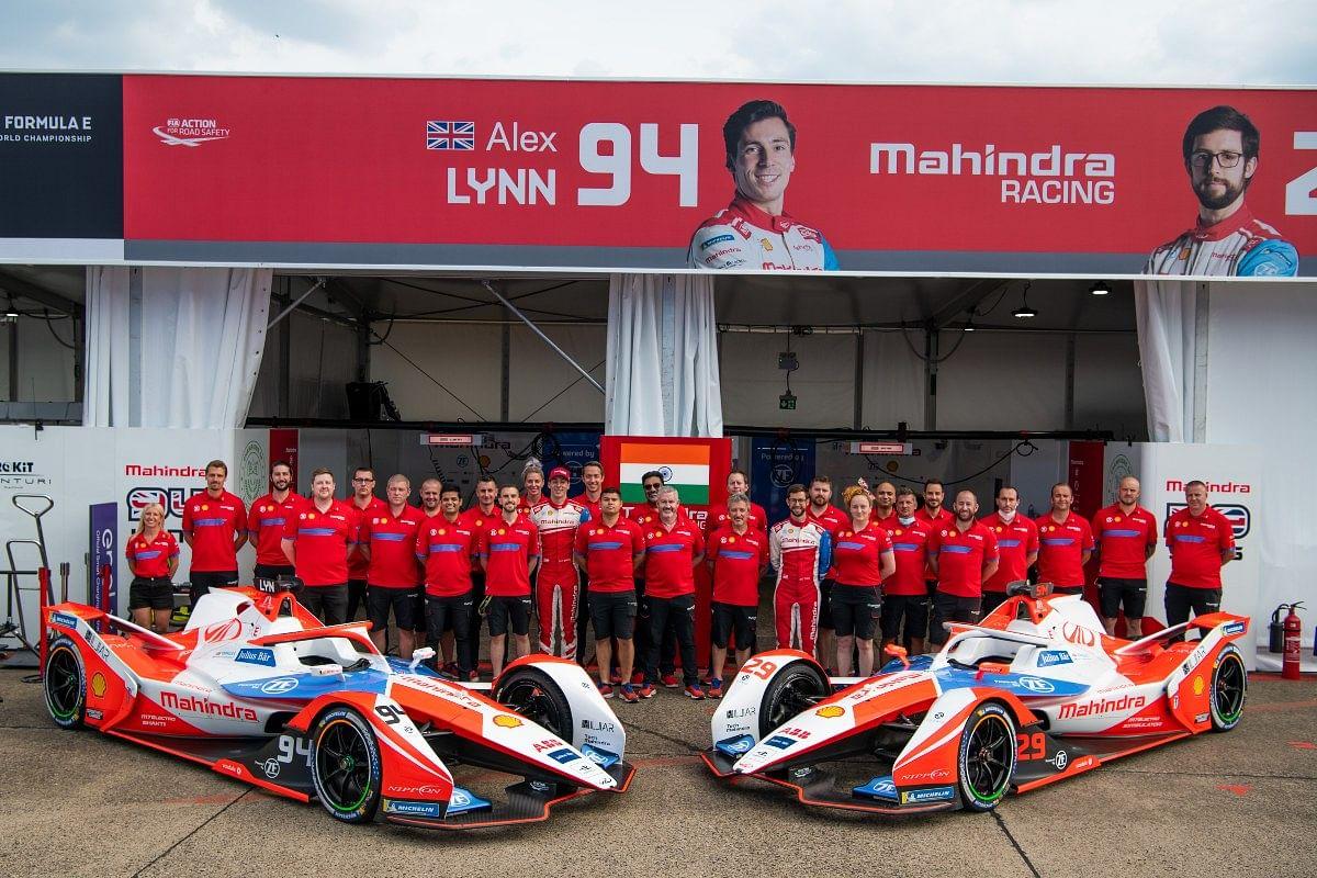 Mahindra Racing unites itself under the Team India title