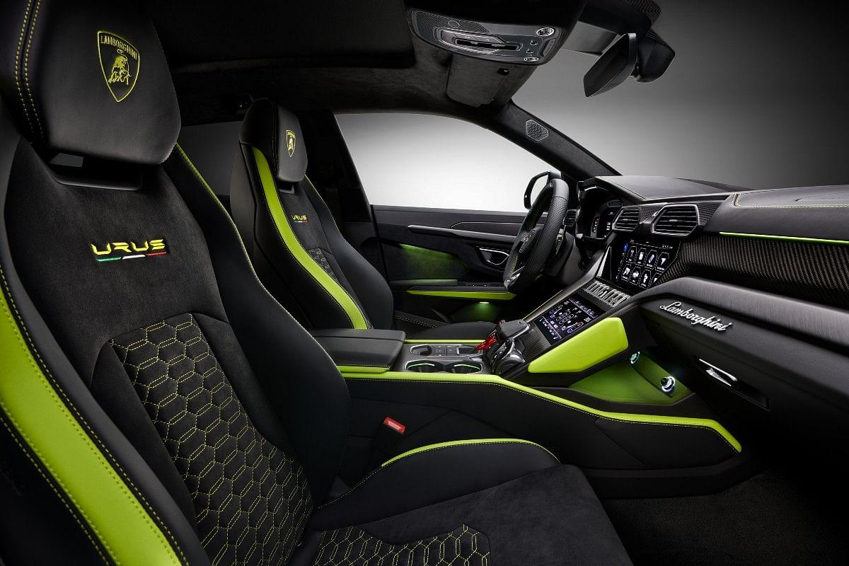 Accent colours carried over inside for the contrast stitching. Ventilated Alcantara seats are an exclusive option