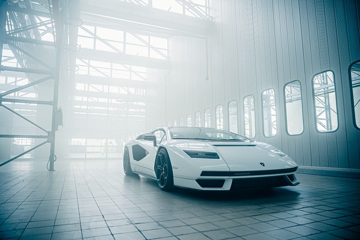 The rectangular headlamps on the new Countach revive the retro yet futuristic vibe of the original Countach