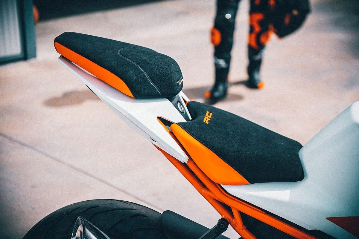 The 2022 KTM RC lineup also receives a split-seat setup
