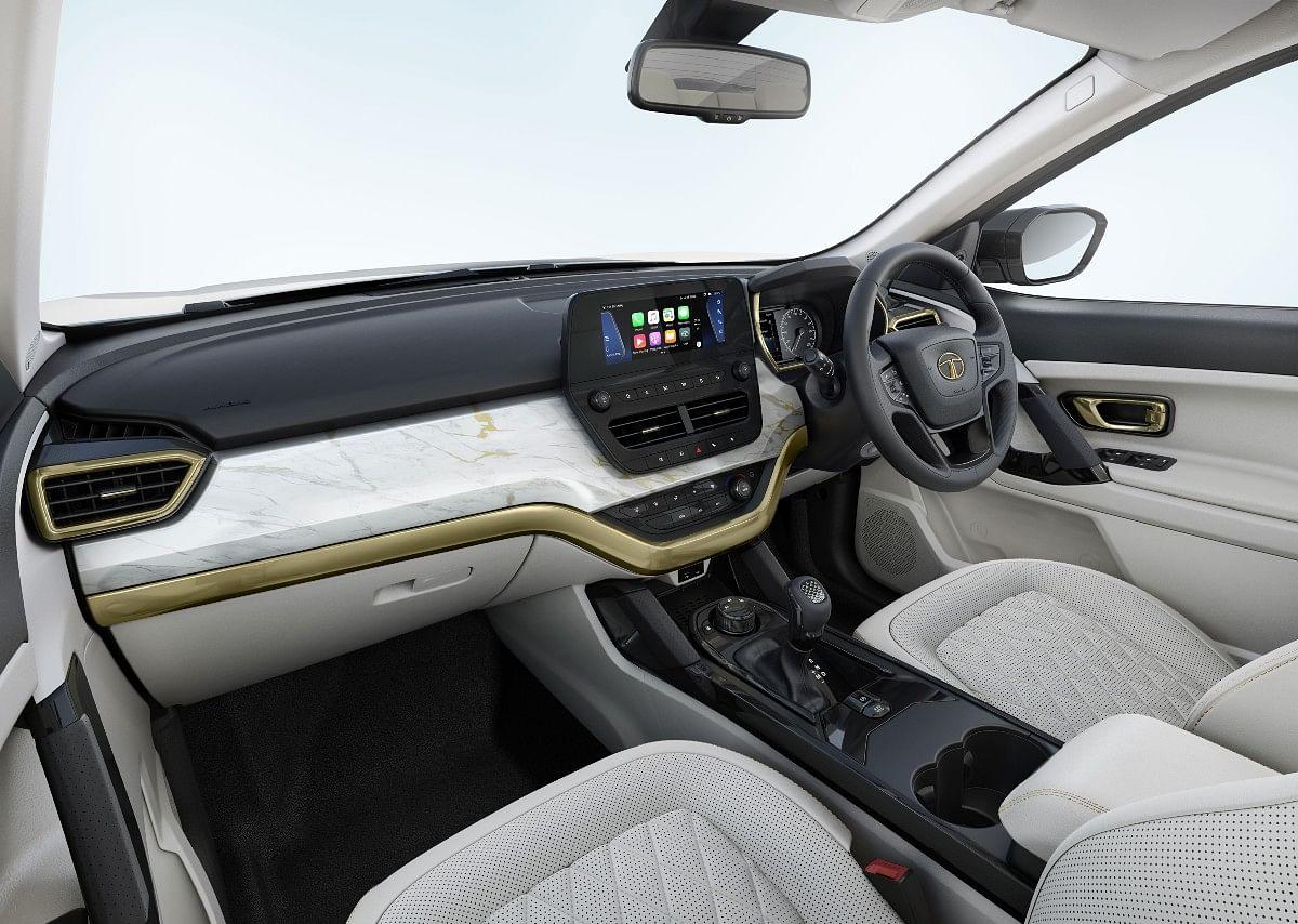 White Gold interior