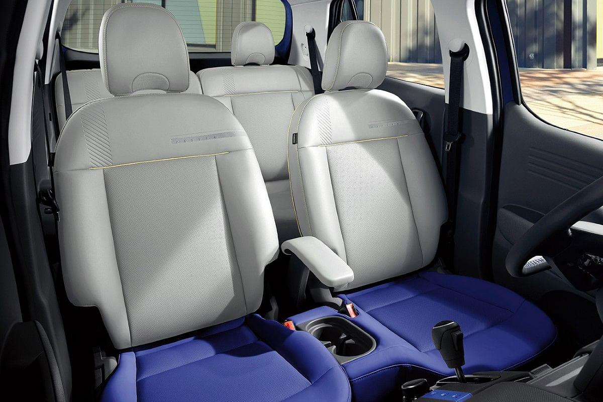 Vibrant upholstery colour options on the Casper