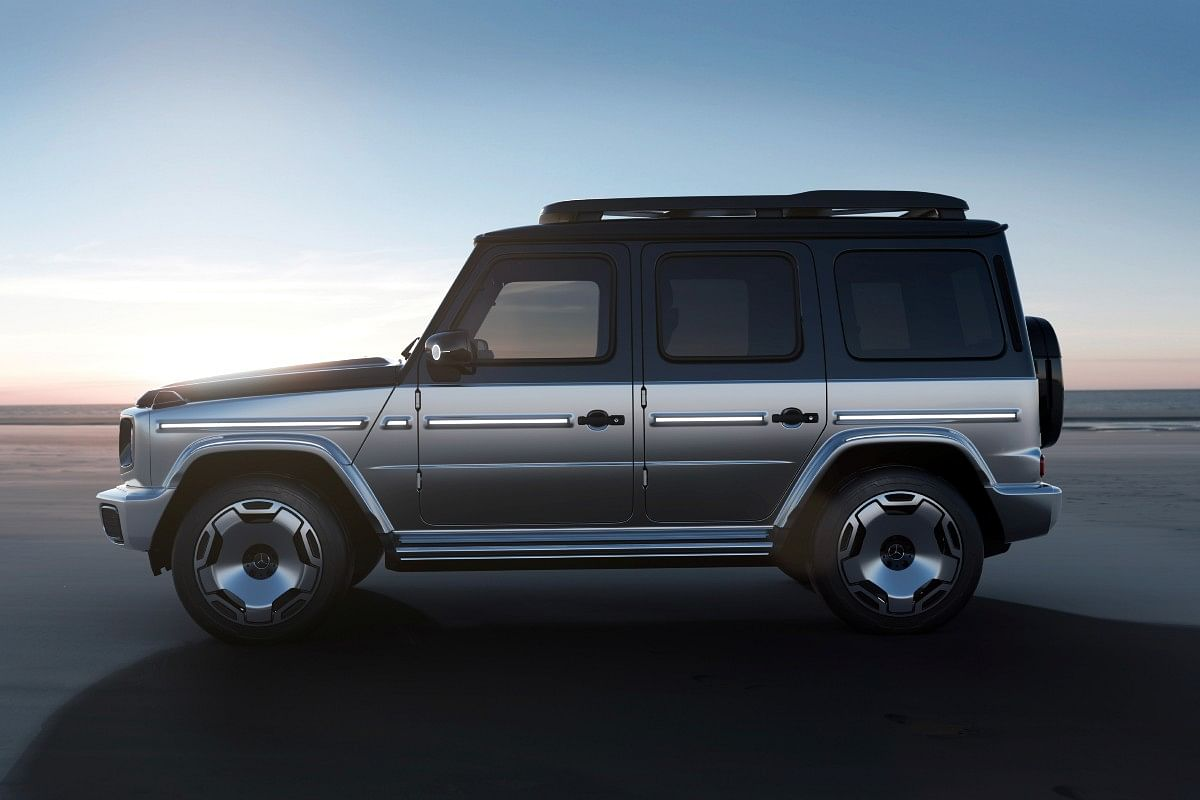 Classic squared-off silhouette of the G-Wagon has been retained. Note the new 22-inch wheels