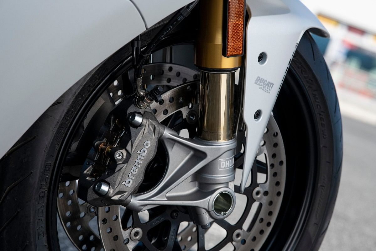 The 2021 Ducati SuperSport 950 receives Brembo brakes