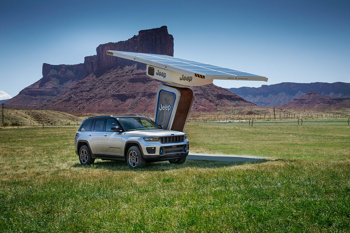 Jeep is working towards building chargers that run on solar energy for