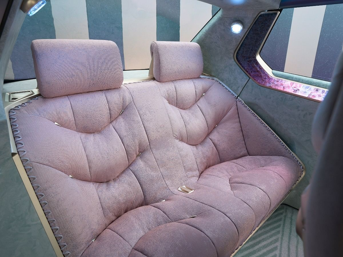 The BMW i Vision Circular can seat four passangers in its lounge seats