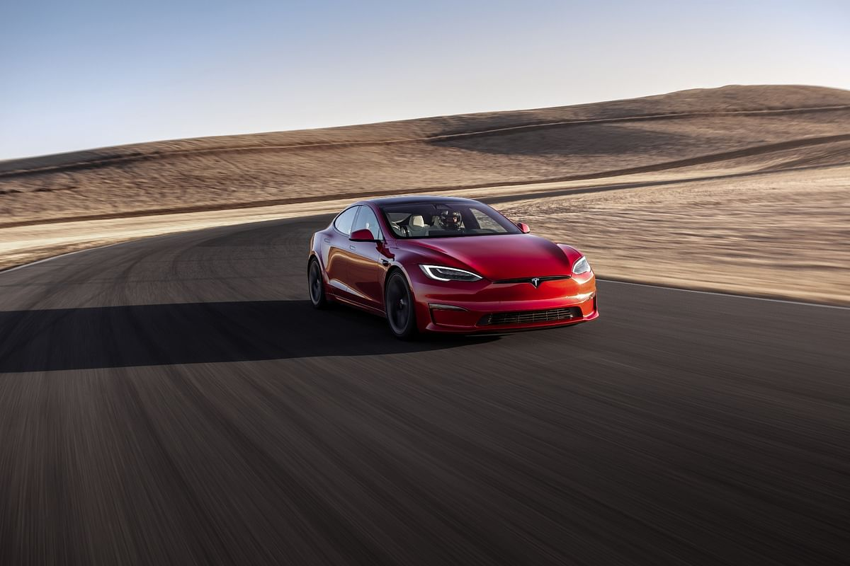 Tesla Model S Plaid sets a new production car lap record for EVs around the Nurburgring