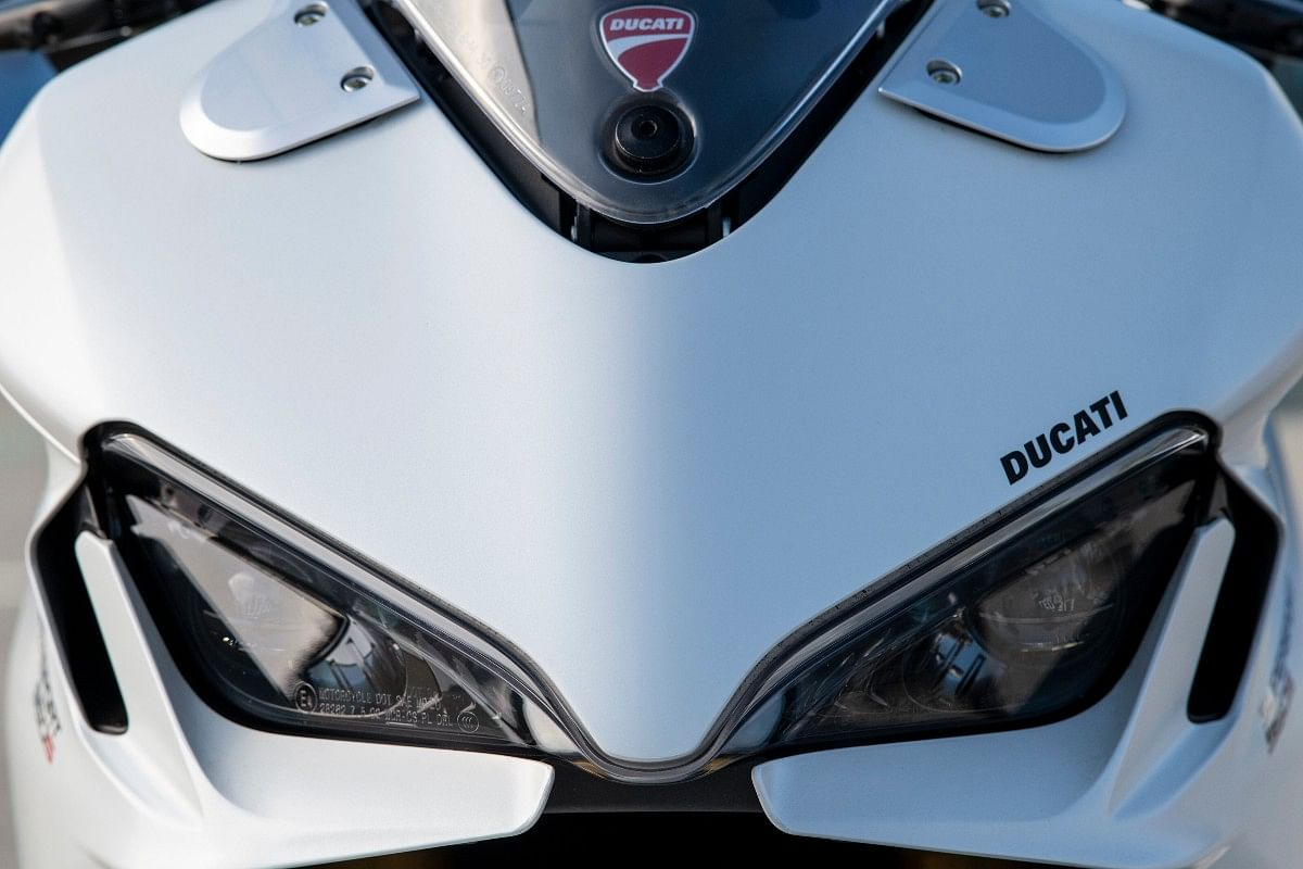 Twin LED headlamps inspired from the ones on the Panigale V4