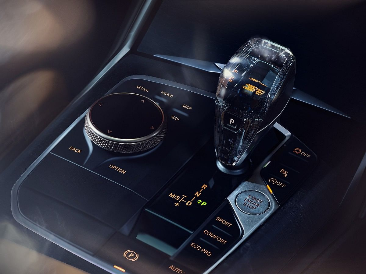 The BMW 3 Series Gran Limousine Iconic Edition gets the crystal gear shift knob