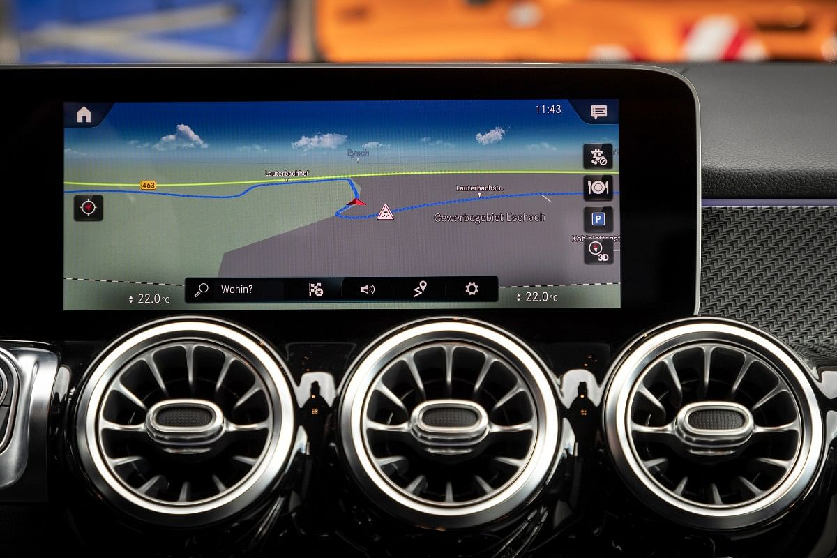 Car-to-X does not depend on WiFi or phone connectivity