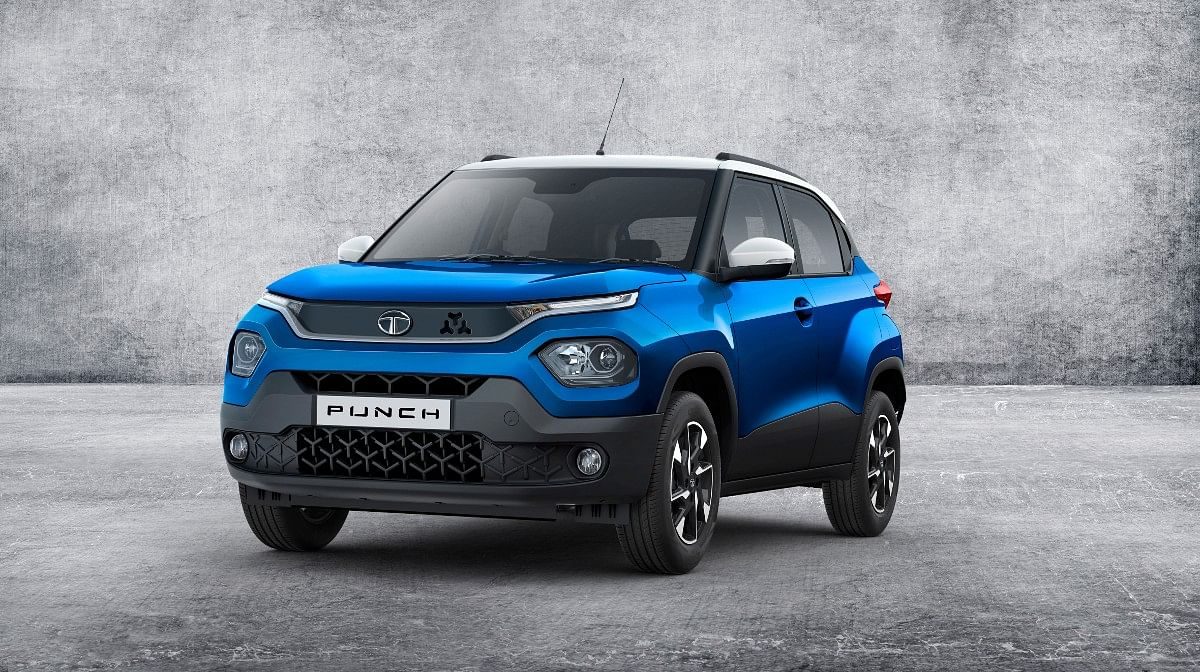 The Tata Punch gets a gloss black grille flanked by DRLs and low-set headlamps