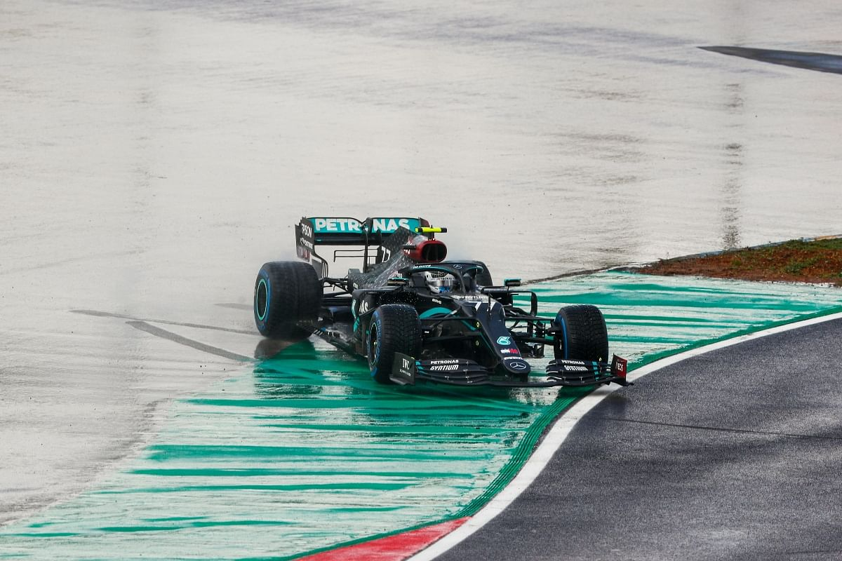 F1 director Michael Masi explained that the track has been water-blasted ahead of the Grand Prix weekend to prevent the problems faced in the 2020 GP.