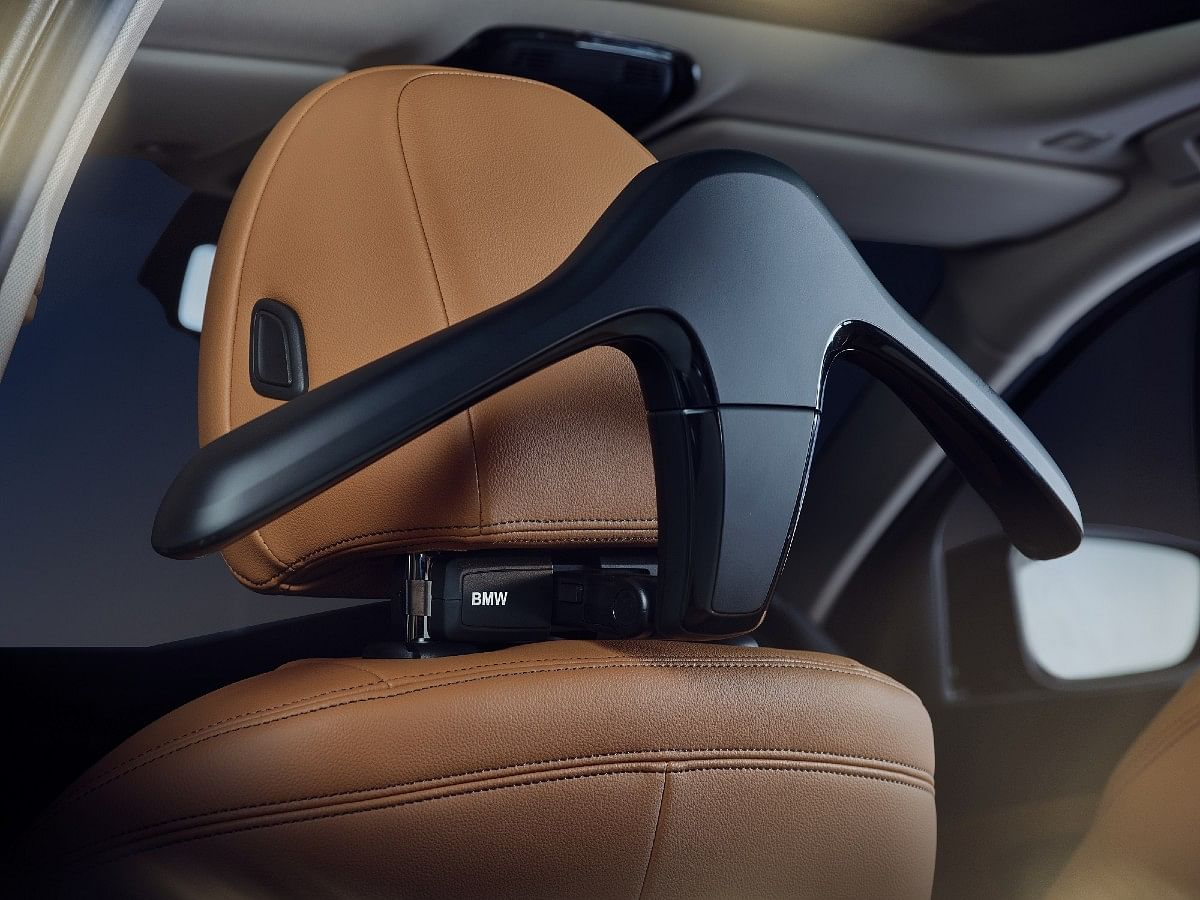 Coat hanger on the the BMW 3 Series Gran Limousine Iconic Edition