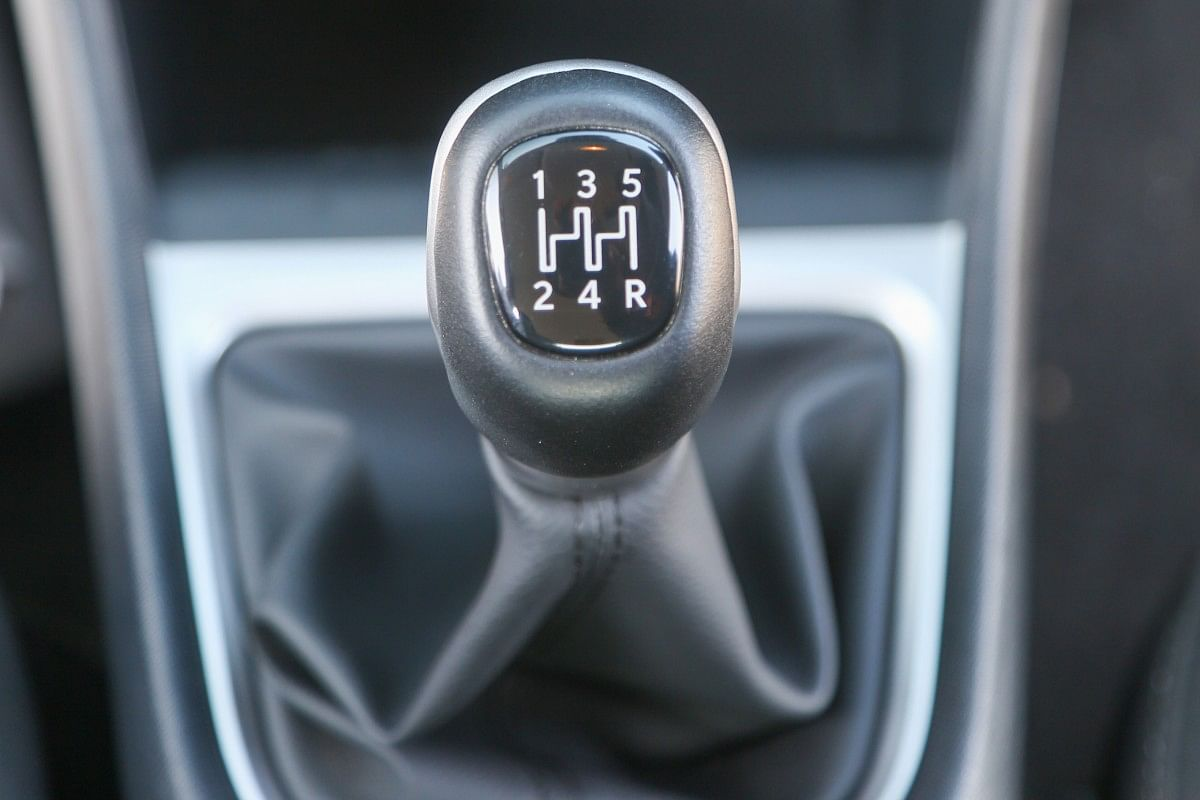 The Punch can be had with either a 5-speed manual gearbox or an AMT