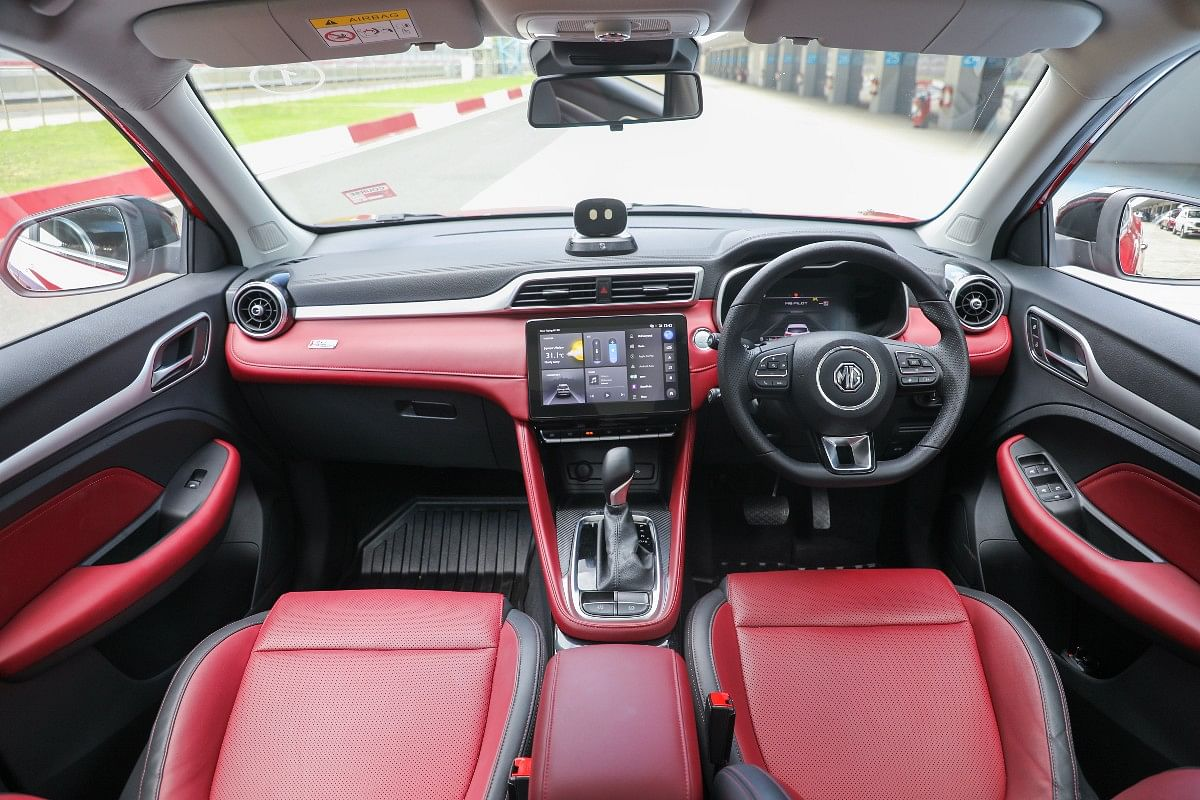 MG Astor gets dual tone interiors that give a rich and premium feel
