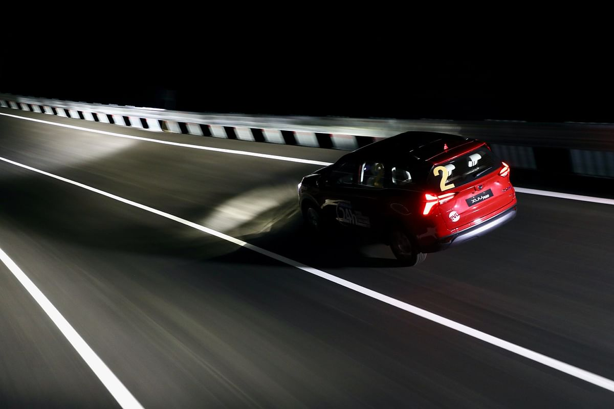 24 Hours Speed Endurance Challenge: Night driving in the XUV700