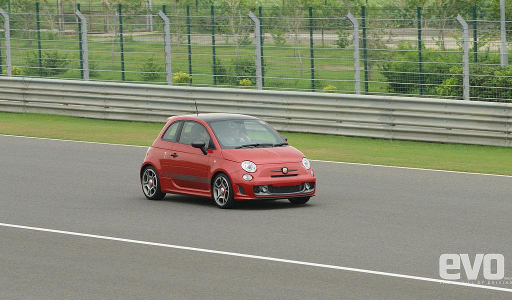 Fiat Abarth 595 Competizione Driven