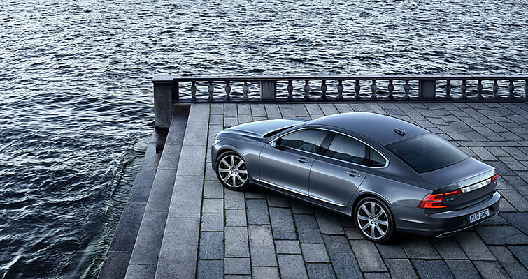 Volvo S90 D5 review