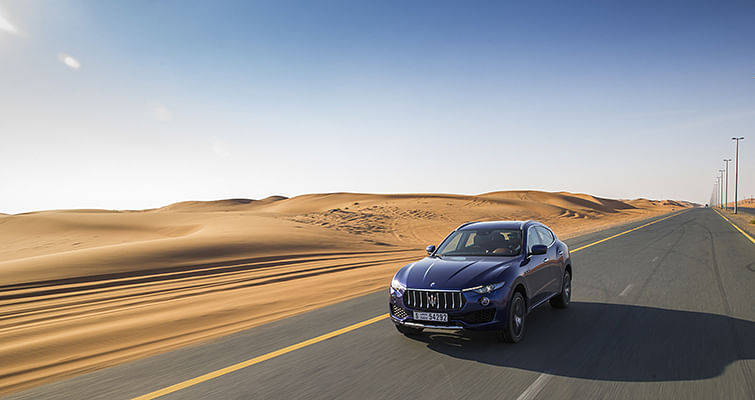Maserati Levante: On track and in the dunes