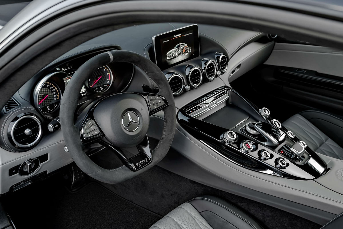 Mercedes-AMG GT C Coupé showcased in Detroit