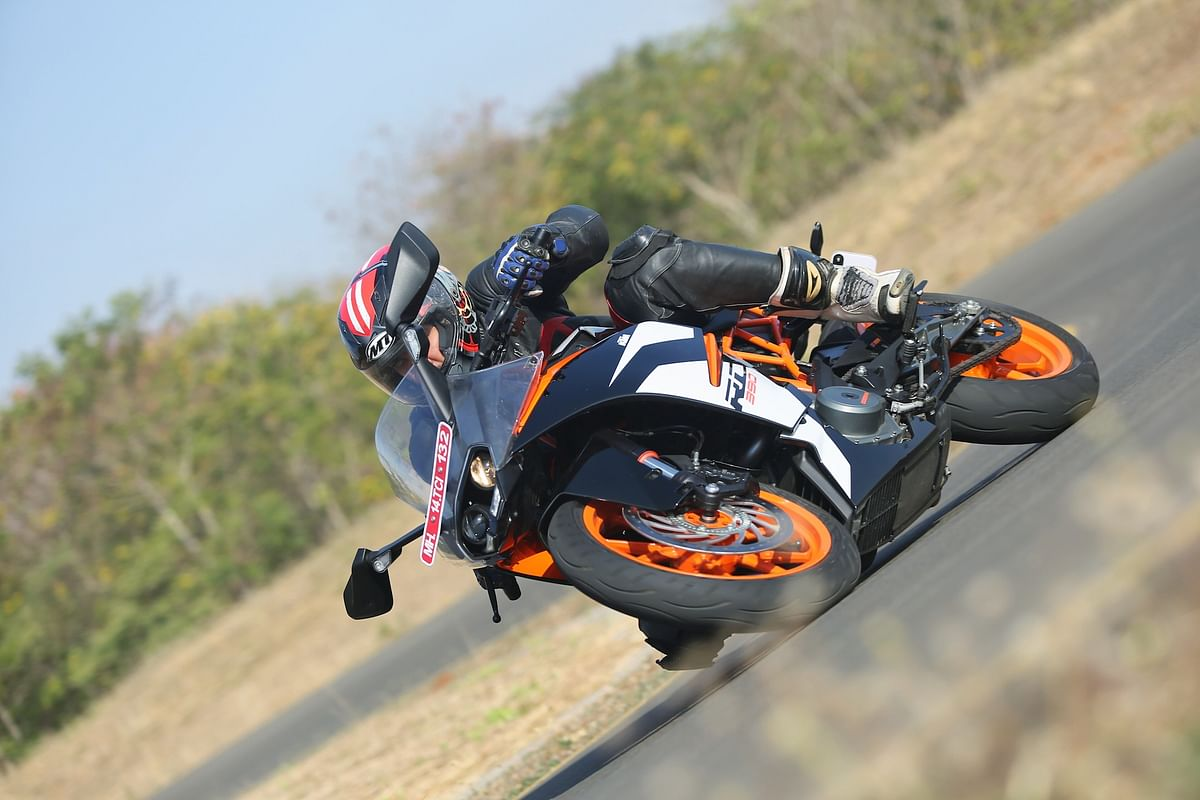 2017 KTM RC 200 and RC 390 ridden