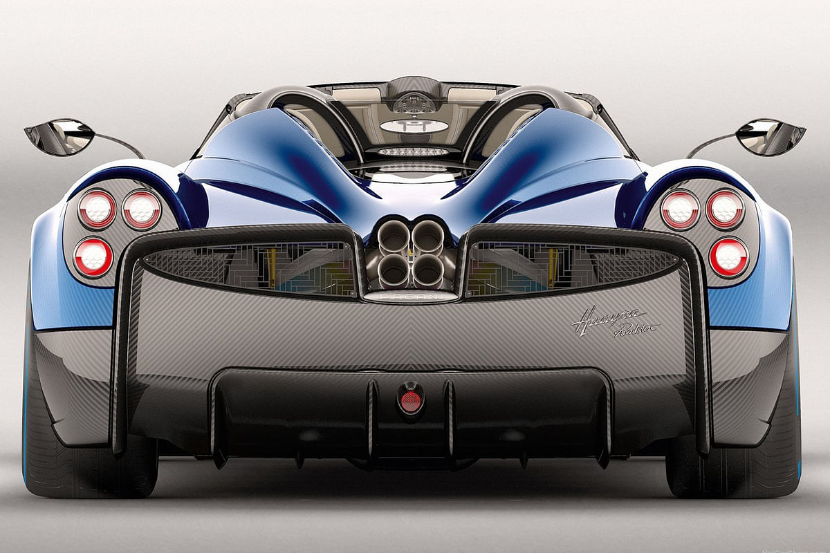 Pagani Huayra Roadster is out