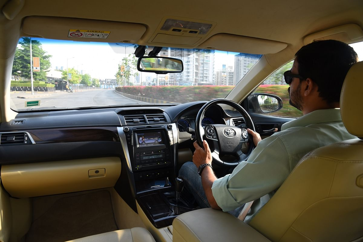 Living with the Toyota Camry Hybrid: Clean up your act